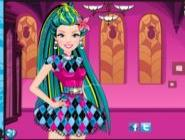 Barbie Monster High Okulunda