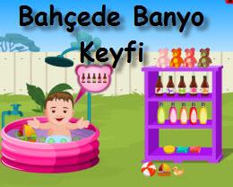 Bahçede Banyo Keyfi