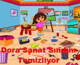 Dora Sanat Sınıfını Temizliyor