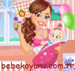 Güzel Bebek Ve Annesi