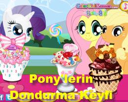 Pony'lerin Dondurma Keyfi